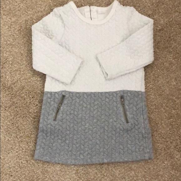 Baby GAP 4T grey dress